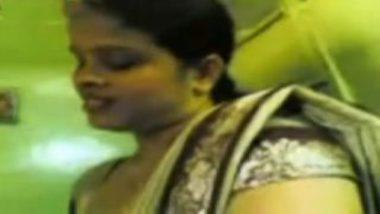 Nepali bhabhi handjob during desi sex massage