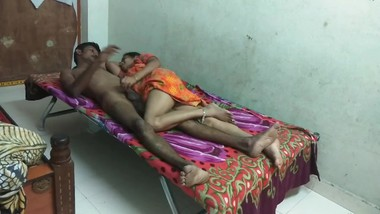 Indian oral sex is desi girl full hard sexy sex in husband hard fucking girl is anjoy is nighti