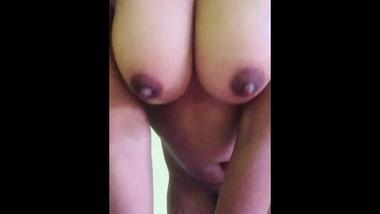 Sri Lankan sexy girl masturbation චූටි මැණිකගේ අලුත් එක