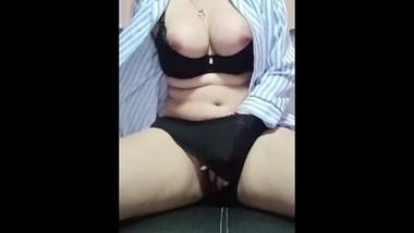 Pinay Teen Masturbation on Living room Pinay new viral 2020
