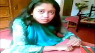 Sexy bihar girl aisha showing boobs to uncle