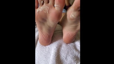 dirty foot worship lick cum feet