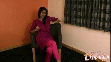 Indian Babe Divya Strip Naked Big Tits Exposed Masturbation Sex