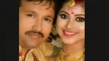 DESI INDIAN COUPLE HAVING SEX VIDEO LEAKES