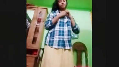 Bangladeshi Beautiful Sexy Girl Leaked Video