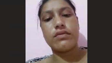 Nepali Bhabhi Showing Boobs and Pussy