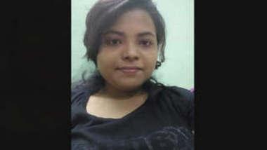 Bangladeshi Dhaka Girl Ratree Showing For Bf