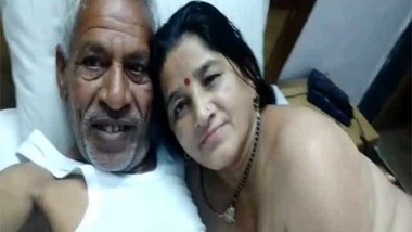 Naughty mature Indian couple latest MMS video