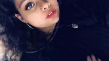 Sexy NRi Paki Girl Showing boobs