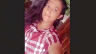 Beautiful Cute Lankan Girl 6 New Clips Part 1