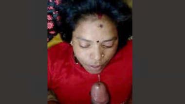 Mallu Hot Bhabhi Blowjob