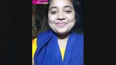 Sexy Bangladeshi Girl 3 New clips part 1