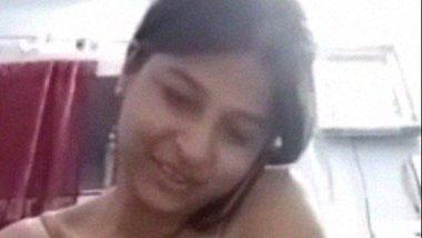 Beautiful Bhabhi making naked video for hubby
