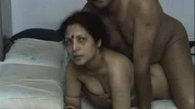 Illicit couple homemade Indian XXX video