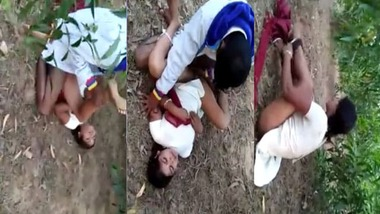 Bihari threesome sex outdoors MMS video