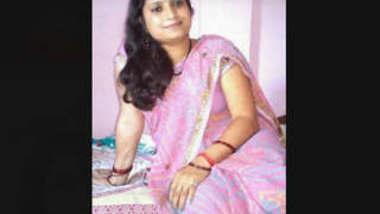 Desi cute Bhabi mms 2 clips part 2