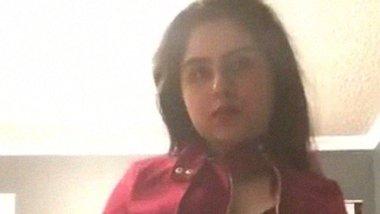 NRI Punjabi hottie undressing solo video