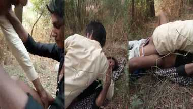 Indian gypsy girl sex with car driver and his friend