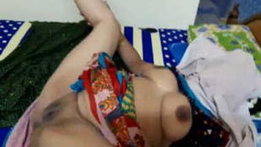 Enjoy mature beauty girl