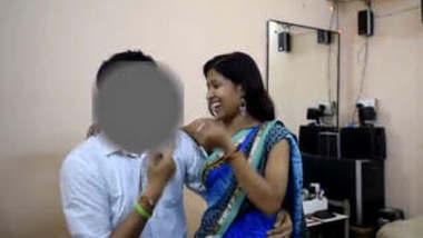 Desi Girl Blowjob and Fucked