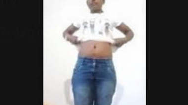 Tamil Girl Showing Boobs and Pussy