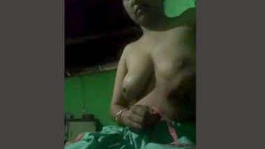 Horny Bhabhi Fingerring