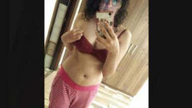 Desi Girl Taking off Towel