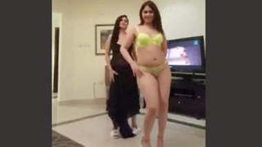 Sexy Call Girls 2 Dance Video Part 1