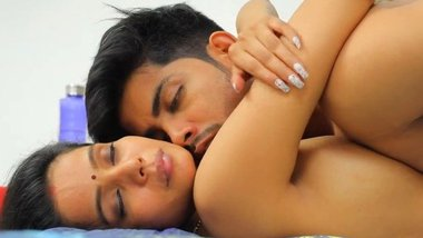 Hindi dirty adult video – Dirty Mind (S01E01)