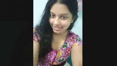 Bangladeshi Girl Pussy Showing On Video Call