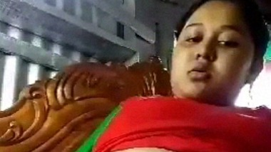 Deo bottle dildo masturbation of Indian village lady