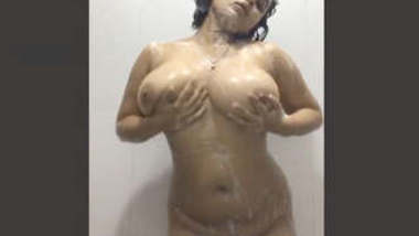 Sexy Desi Girl Nude Dance In Bathroom 2 clips part 2