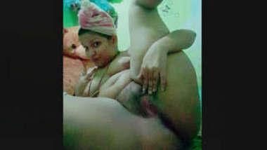 Sexy Srilankan chubby girl