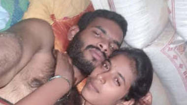 Desi Girl Bating On Video Call New leaked Clip