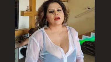 Sapna Bhabhi Hot Sexy Clip