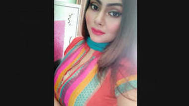 Most Wanted Bangladeshi Sexy Insta Babe Leaked Videos Part 1