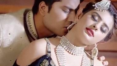 Zid (2020) Sexy Originals Hindi Short Film