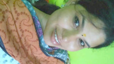 desi babe in salwar top hot boob and pussy rubbing show