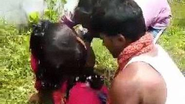 Bhojpuri outdoor group sex