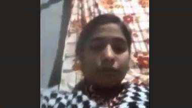 Paki Girl On Video Call Clips Part 1