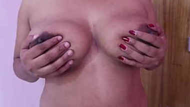 Kerala aunty big boob playing by hubby