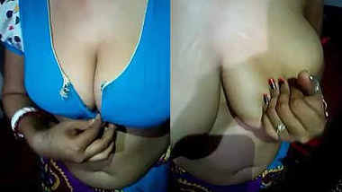 desi aunty hot boobs show