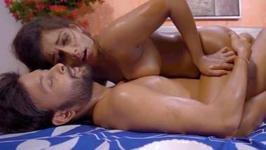 Nuru Massage 2 – Nuefliks Adult Webfilm