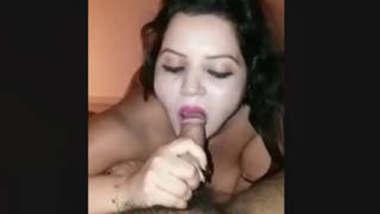 Shilpi Bhabi Sucking Dick