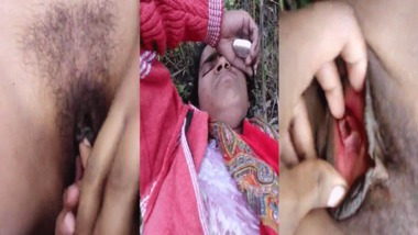 Dehati pussy fingering outdoors video