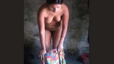 Desi Hot Bhabhi Nude Bath Videos Part 5