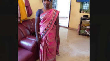Tamil Bhabhi Having Nude Video With Young Boy
