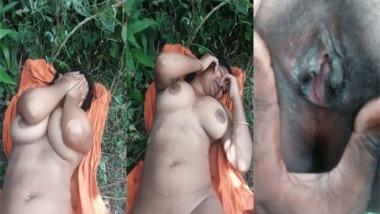 Dehati outdoor nude MMS video