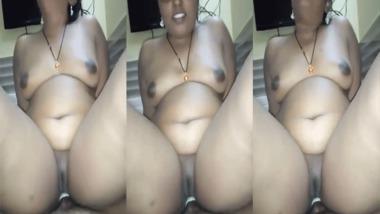 Chubby Tamil riding dick POV Tamil sex video