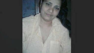Swathi bhabhi showing her hot body